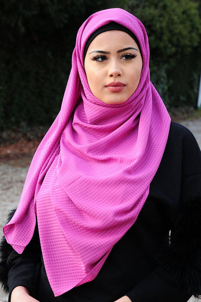 hijab kopftuch petit karo pink 11 90 muslim shop gro e aus. Black Bedroom Furniture Sets. Home Design Ideas